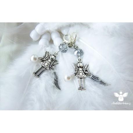 Andělka s křidélkem a perličkou