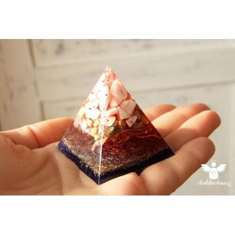 """Orgonitová pyramida 1. kořenová čakra, """"klid, štěstí, kreativita"""""""