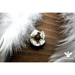 Korálek broušený howlit bílý paměť kreativita
