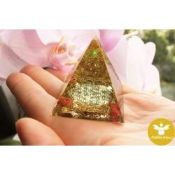 Pyramida květ života štěstí klid