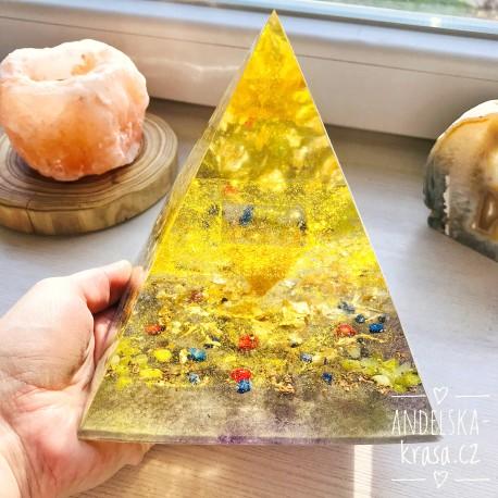 Obrovská pyramida Hojnost 1174g
